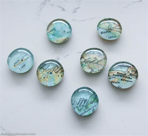 easy diy map magnets the happy housie