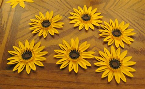 How To Make Sunflower Paper Flowers - a fish who likes flowers who needs flowers anyway