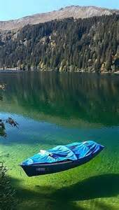 the crystal clear water of flathead lake montana makes it