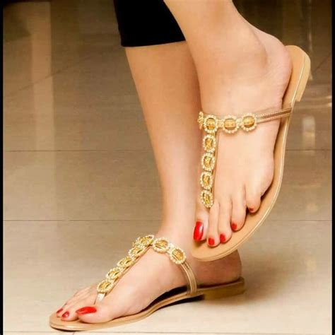 gold snowflakes pretty hands pretty feet pinterest 78 best images about cool styles on pinterest nyc