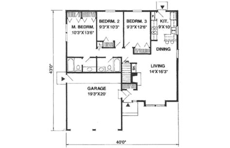 1100 sq ft traditional style house plan 3 beds 2 00 baths 1100 sq