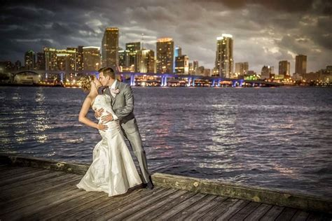 Best Wedding Images by Top 20 Wedding Photographers In Florida