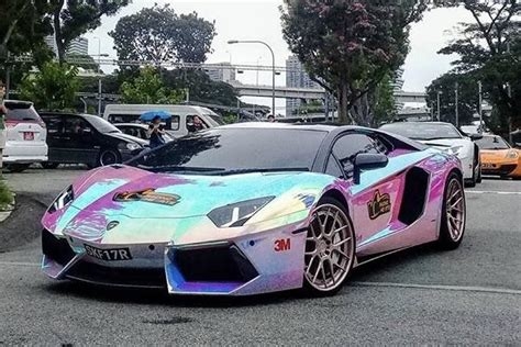 rainbow lamborghini this rainbow chrome lamborghini atbge