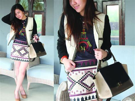 Zara City Trapez yovani turner c 233 line trapeze zara tribal skirt peddered brown heels kenzo tshirt