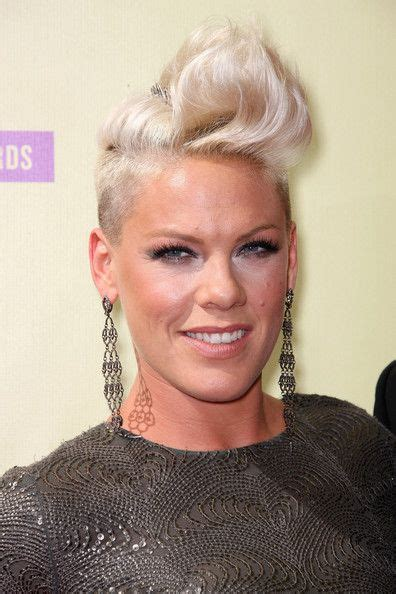 singer pink hairstyles photo gallery 51 best images about pink on pinterest love her quotes