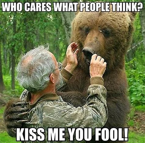 Funny Kiss Meme - 34 most funny bear meme pictures