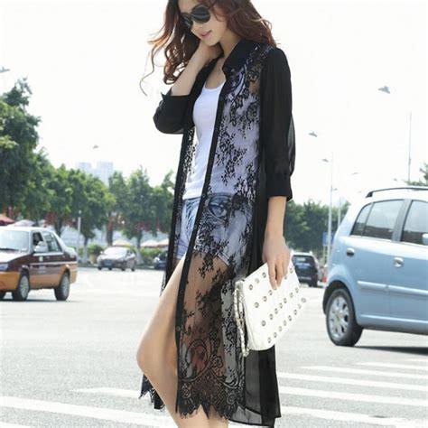 Baju Atasan Lengan Panjang Hitam Lace Renda Mix Katun baju hitam putih nggak melulu membosankan asal 11 gaya ini yang jadi panduan