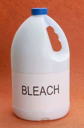 bleach to clean bathroom why you shouldn t rely on bleach for bathroom cleaning