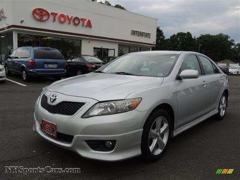 2011 toyota camry se for sale 2011 toyota camry se in classic silver metallic 135849