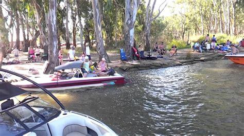 boat r yarrawonga yarrawonga bundalong boat r youtube