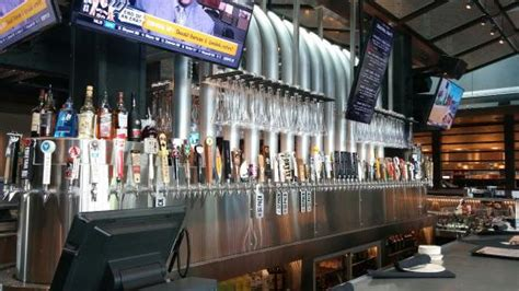 yard house san antonio la entrada picture of yard house san antonio tripadvisor