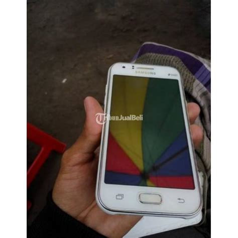 Samsung J1 2016 Fulset Mulus samsung galaxy j1 bekas warna putih mulus fullse masih