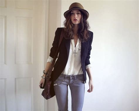 blogger outfit eclectic bohemian fashion on fashion blogger constance