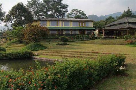 Hotel Bravia Bogor Indonesia Asia permata hati resort organic farm bogor indonesia