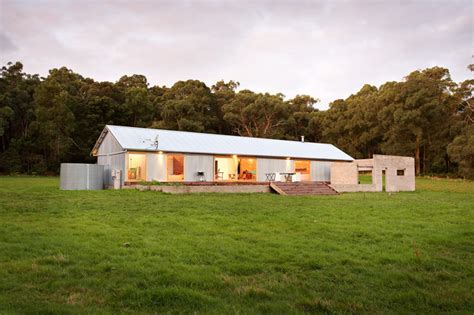 Sheds As Houses by 6 Houses Inspired By The Australian Vernacular Shed