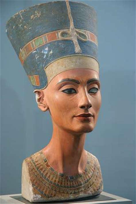 imagenes reinas egipcias nefertiti la reina m 225 s hermosa de egipto