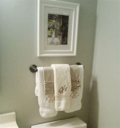 bathroom towel display ideas best 25 towel display ideas on bathroom