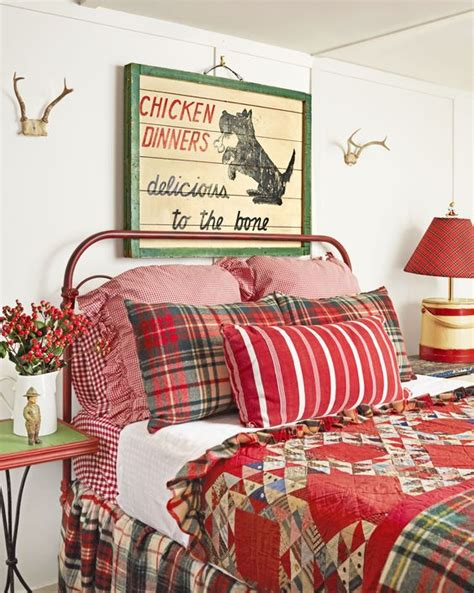 country vintage bedroom ideas 34 charming vintage christmas d 233 cor ideas digsdigs