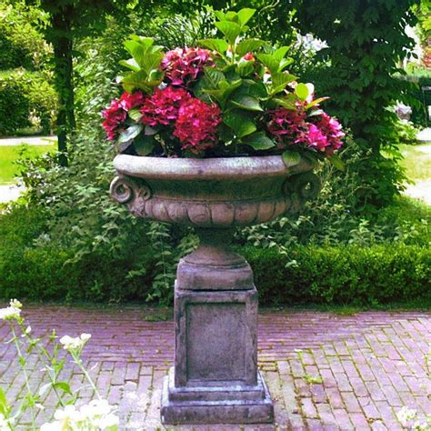 Stone Garden Planter Outdoor Urns Planters Pinterest Outdoor Planters And Urns