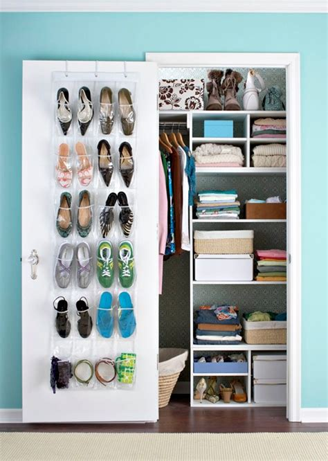 Small Closet Design by How To Modify Small Closet In Your Home Simple Seo