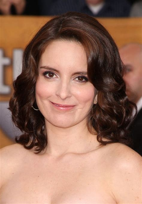 what type of hair does tina fey have 5 stunning medium length hairstyles of the year pretty
