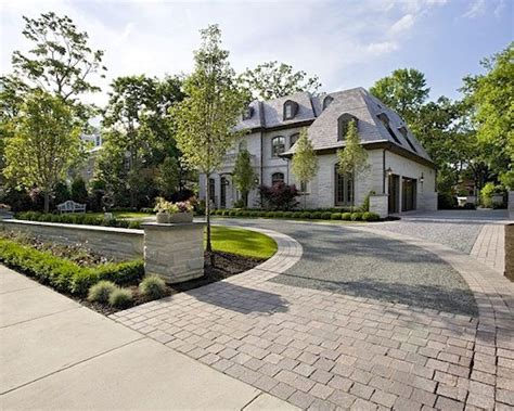 17 best ideas about circle driveway landscaping on