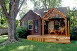 Cute Tiny Houses by Gallery For Gt Cute Houses Pictures