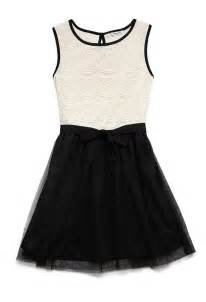 Dainty lace dress kids forever21 girls pretty in lace