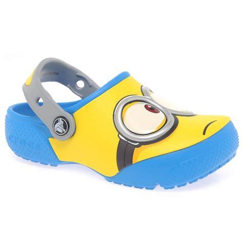 Promo Sandal Crocs Minions crocs minions boys sandals charles clinkard