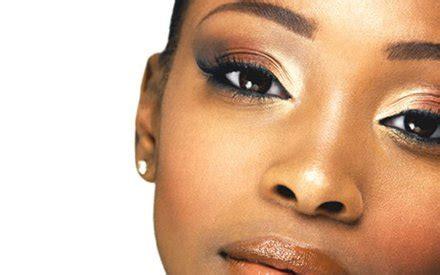 Eyeshadow Gelap makeup cantik untuk wanita berkulit gelap makeup khusus