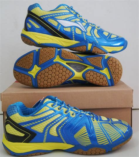 Sepatu Badminton Wilson jual perlengkapan olahraga bulutangkis badminton