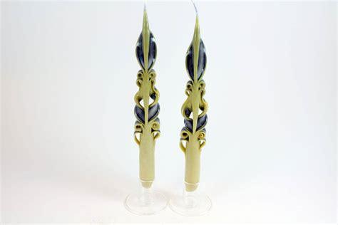 candele intagliate coppia di candele lunghe intagliate avorio e candele