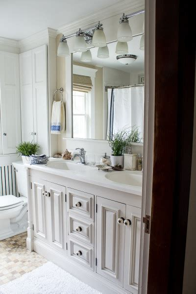 7 easy ways to budget bathroom and kitchen 7 budget friendly ways to update your bathroom finding silver pennies