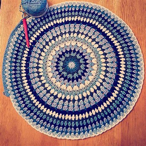 how to crochet a circle rug crochet circular rug roselawnlutheran