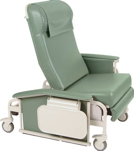 Jerry Chair by Winco 6570 Xl Drop Arm Clinical Care Recliner Geri Chair