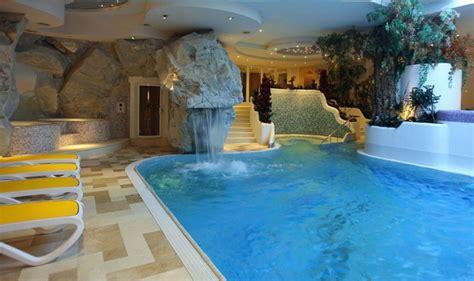 hotel cattolica con piscina interna alpen hotel corona vigo di fassa dolomiti hotel con