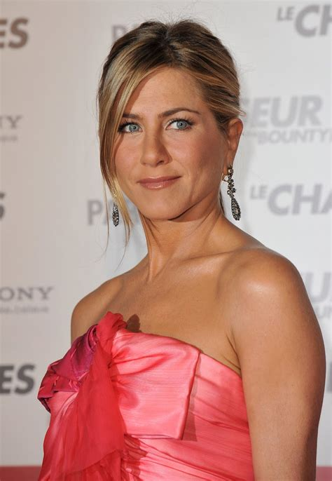 Lepaparazzi News Update Aniston Tops Hairstyles Poll by Aniston Special Pictures 5 Actresses