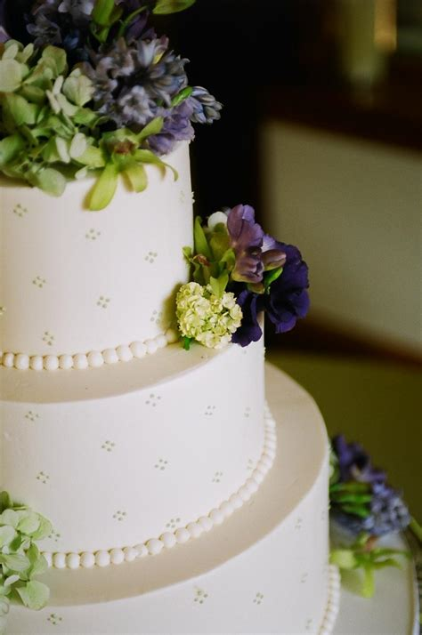 Simple Wedding Cakes Pictures by Best White Simple Wedding Cakes Pictures And Wallpapers