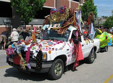 How To Decorate Car For Parade by Cars For Parades Decorations Pictures