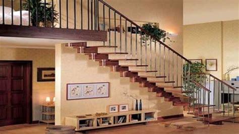 solusi jitu mengatur letak tangga  rumah