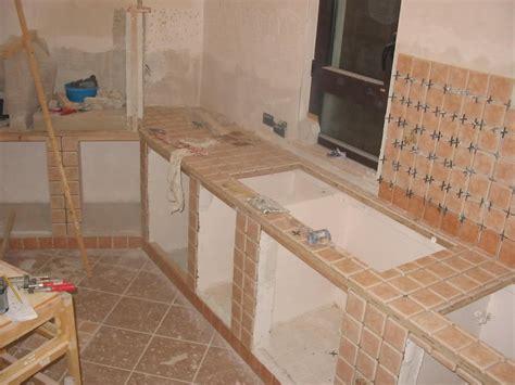 cucine piastrellate come fare cucina in muratura home design ideas home