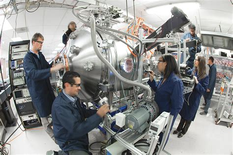 Lockheed Martin Engineer Mba by Lockheed Unveils The Plan To Build A Self Sustaining
