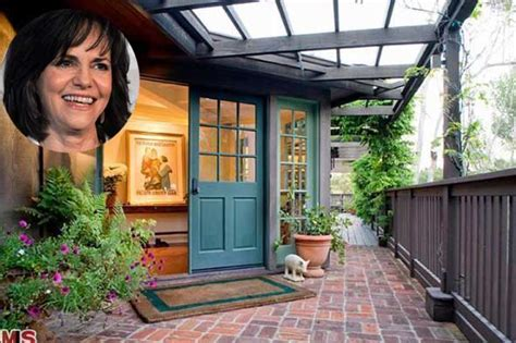 sally field house sally field house 28 images sally field house sally field s 6 95 million malibu