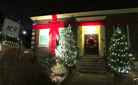 first lights in arlington heights was a big hit