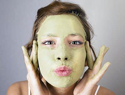 Masks For Greasy Skin by Scrubs Recipes How To Make Masks For