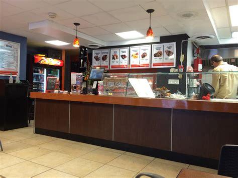 fast food kitchen design chef s door