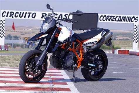 Ktm 990 Supermoto Top Speed 2013 Ktm 990 Sm R Review Top Speed