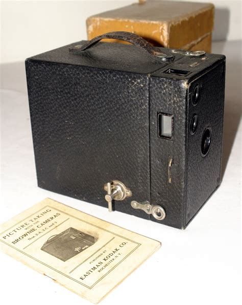 Kodak Launch Two New Cameras With Only 12 Megapixels by Kodak Brownie No 2a Model B Vintage Box With