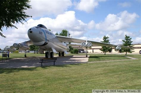 Knob Noster Air Base by B 47b Whiteman Afb Knob Noster Mo