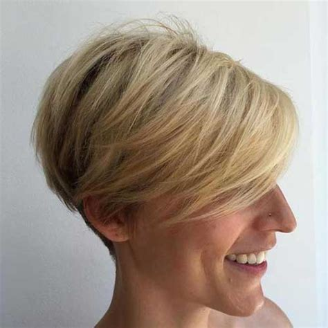 hi lohair cuts stacked pixie haircuts popular short stacked haircuts